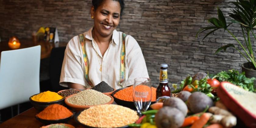 de kruidige keuken van ethopisch restaurant Awaze